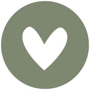hart-olijfgroen-wit-muurcirkel-28cm.jpg