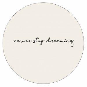 never-stop-dreaming-ecru--30cm.jpg
